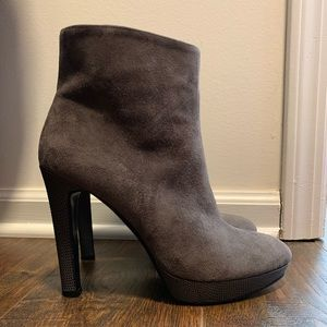 Vince signature collection booties
